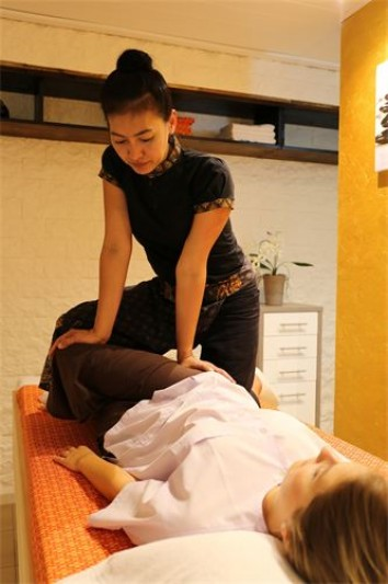massage erotisk thai massage jyllinge